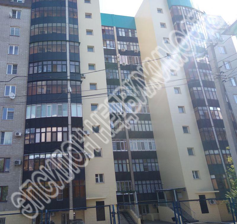 Продам 2-комнатную квартиру в городе Курск, на улице Дружининская, 24, 8-этаж 10-этажного Кирпич дома, площадь: 66.7/37.6/12.3 м2
