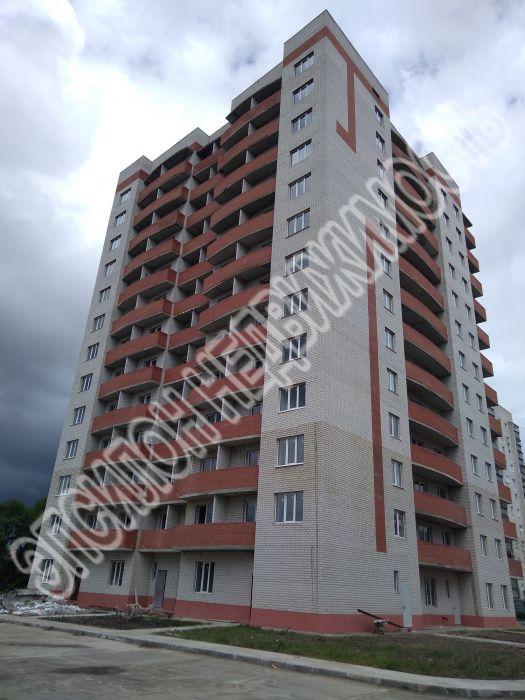 Продам 2-комнатную квартиру в городе Курск, на улице Весенний 3-й проезд, 3, 6-этаж 13-этажного  дома, площадь: 63.18/32.79/10.06 м2