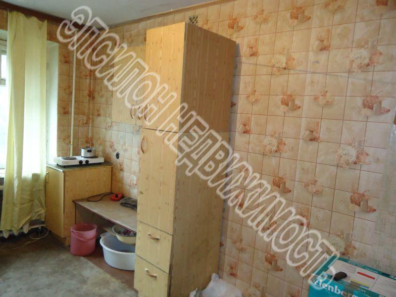 Продам 0 комнат[у,ы] в городе Курск, на улице Красный октябрь, 4-этаж 5-этажного Кирпич дома, площадь: 31.7/31.7/0 м2