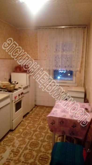 Продам 4-комнатную квартиру в городе Курск, на улице Щепкина, 11, 8-этаж 9-этажного Кирпич дома, площадь: 74.6/48.3/8.4 м2