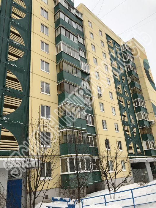 Продам 3-комнатную квартиру в городе Курск, на улице Хрущева пр-т, 36, 9-этаж 10-этажного Панель дома, площадь: 71/44/7.7 м2