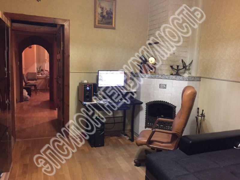 Продам 3-комнатную квартиру в городе Курск, на улице Дружининская, 26а, 1-этаж 3-этажного Кирпич дома, площадь: 65.3/40/9 м2