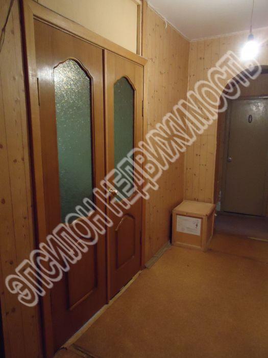 Продам 3-комнатную квартиру в городе Курск, на улице Бойцов 9-й Дивизии, 184, 5-этаж 9-этажного Панель дома, площадь: 68.8/42/10 м2