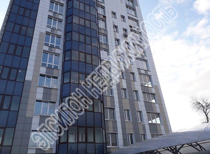 Продам 3-комнатную квартиру в городе Курск, на улице Гайдара, 26а, 9-этаж 10-этажного Монолит дома, площадь: 104.4/50.6/11.9 м2