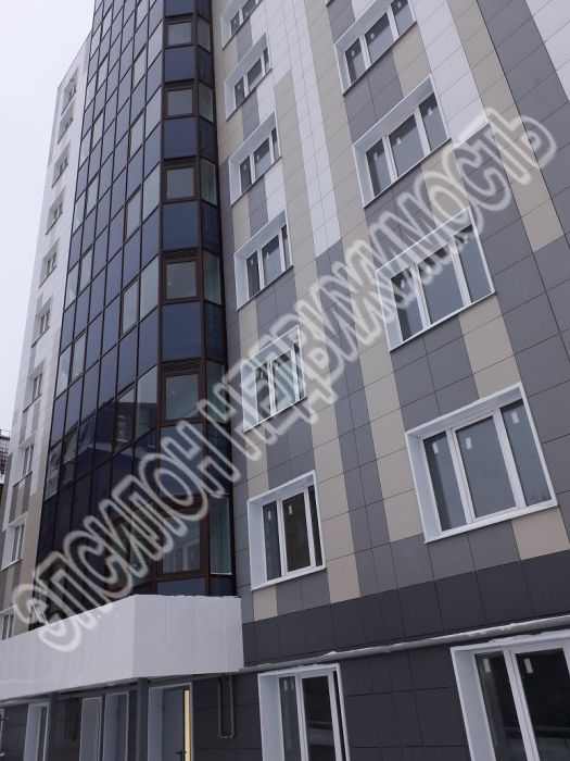 Продам 3-комнатную квартиру в городе Курск, на улице Гайдара, 26а, 7-этаж 10-этажного Монолит дома, площадь: 116.7/62.3/27.7 м2