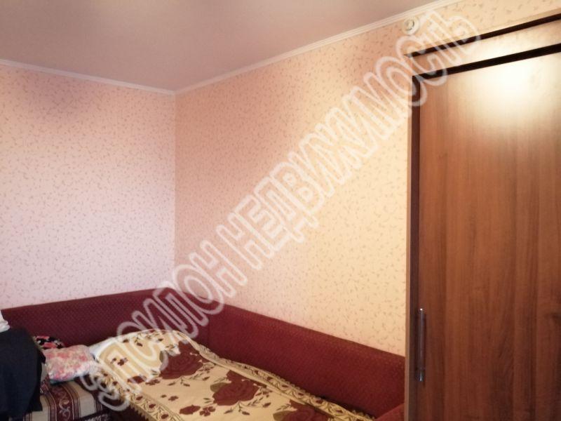 Продам 1-комнатную квартиру в городе Курск, на улице Победы пр-т, 38, 9-этаж 17-этажного Панель дома, площадь: 37.2/17.16/9.77 м2