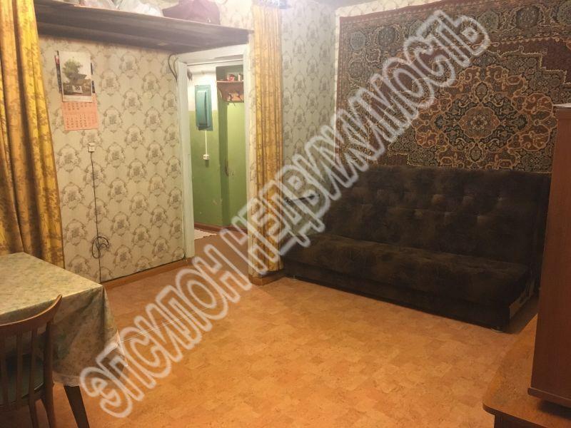 Продам 2-комнатную квартиру в городе Курск, на улице Менделеева, 15, 2-этаж 4-этажного Кирпич дома, площадь: 44/28/6 м2