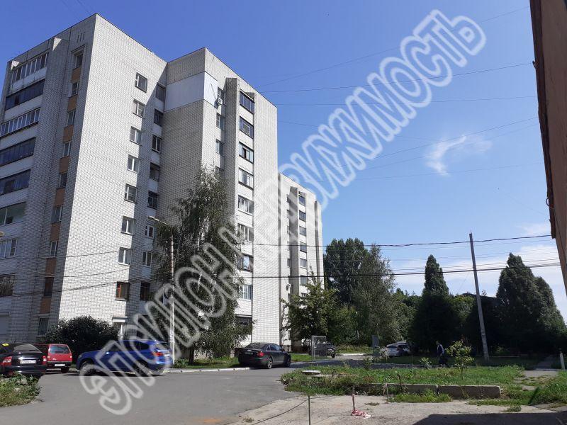 Продам 1-комнатную квартиру в городе Курск, на улице 50 лет Октября, 96б, 9-этаж 9-этажного Кирпич дома, площадь: 39.7/17.7/9.4 м2