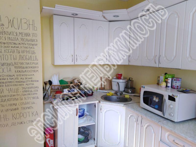 Продам 3-комнатную квартиру в городе Курск, на улице В. Клыкова пр-т, 10, 3-этаж 12-этажного Панель дома, площадь: 80.87/45.85/9.77 м2