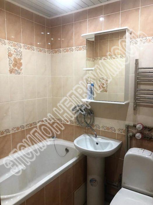 Продам 3-комнатную квартиру в городе Курск, на улице Республиканская, 22а, 3-этаж 5-этажного Панель дома, площадь: 58/39/6 м2