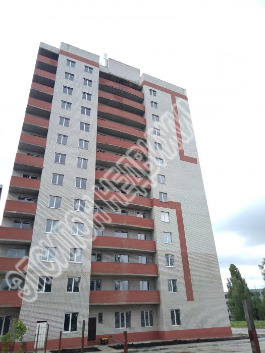 Продам 1-комнатную квартиру в городе Курск, на улице Весенний 3-й проезд, 1, 10-этаж 13-этажного  дома, площадь: 46.8/16.33/10.41 м2