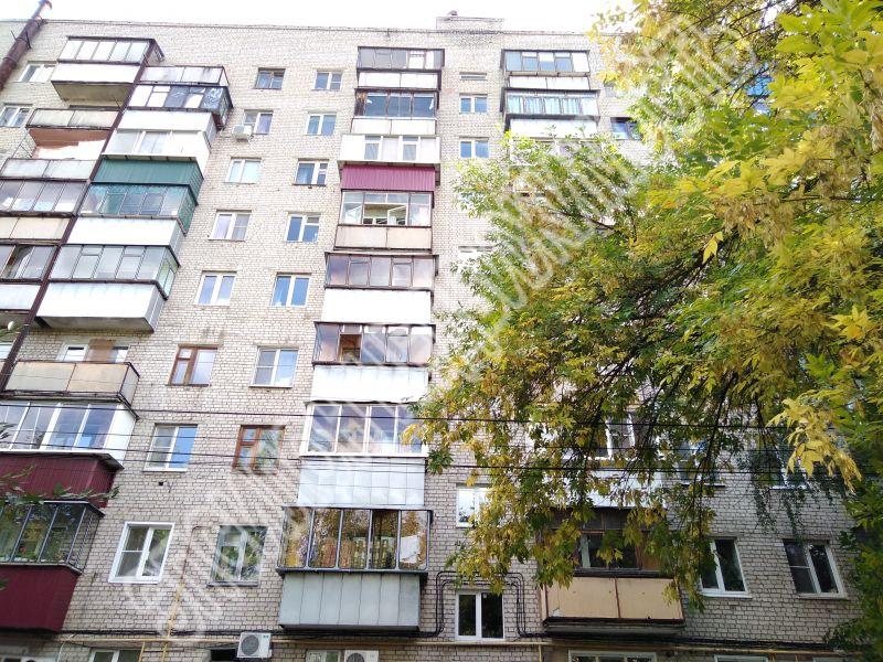 Продам 2-комнатную квартиру в городе Курск, на улице Радищева, 86, 9-этаж 9-этажного Кирпич дома, площадь: 52/32.1/8.2 м2