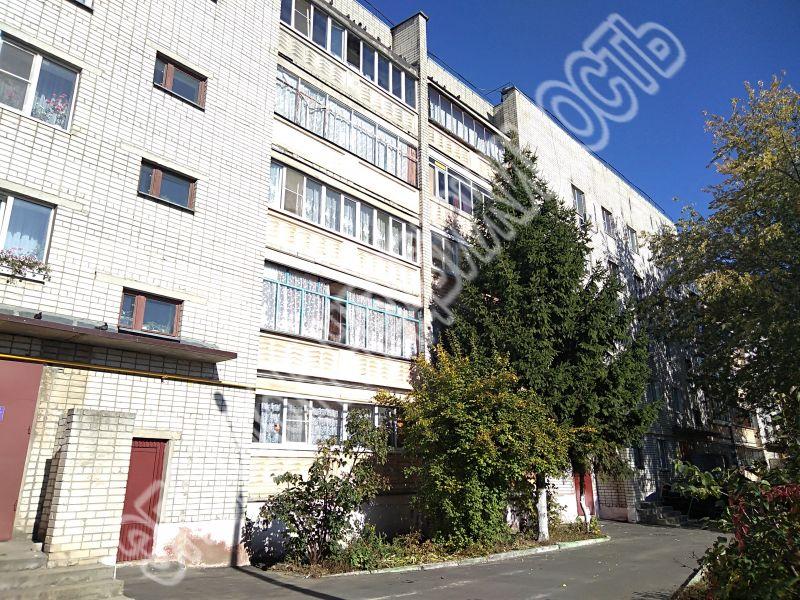 Продам 2-комнатную квартиру в городе Курск, на улице Хуторская, 7, 4-этаж 5-этажного Кирпич дома, площадь: 48/30/8 м2