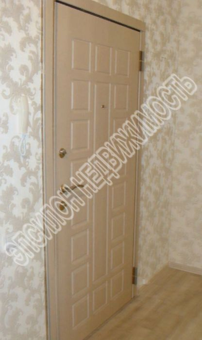 Продам 3-комнатную квартиру в городе Курск, на улице А. Дериглазова пр-т, 35, 4-этаж 16-этажного Монолит дома, площадь: 112.6/63/16 м2