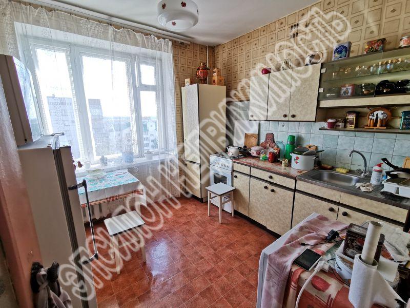 Продам 2-комнатную квартиру в городе Курск, на улице Кати Зеленко, 1, 8-этаж 9-этажного Кирпич дома, площадь: 56/34.9/8.9 м2