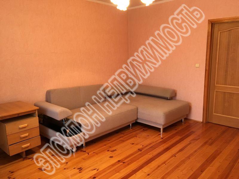 Продам 1-комнатную квартиру в городе Курск, на улице Хуторская, 12г, 5-этаж 9-этажного Кирпич дома, площадь: 55/17.3/15 м2