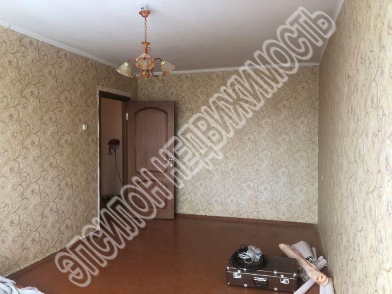 Продам 3-комнатную квартиру в городе Курск, на улице Ольшанского, 8б, 5-этаж 5-этажного Панель дома, площадь: 60.3/39/6 м2