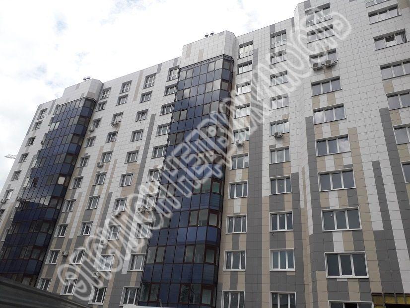 Продам 2-комнатную квартиру в городе Курск, на улице Гайдара, 26а, 4-этаж 10-этажного Монолит дома, площадь: 71/35/13.3 м2