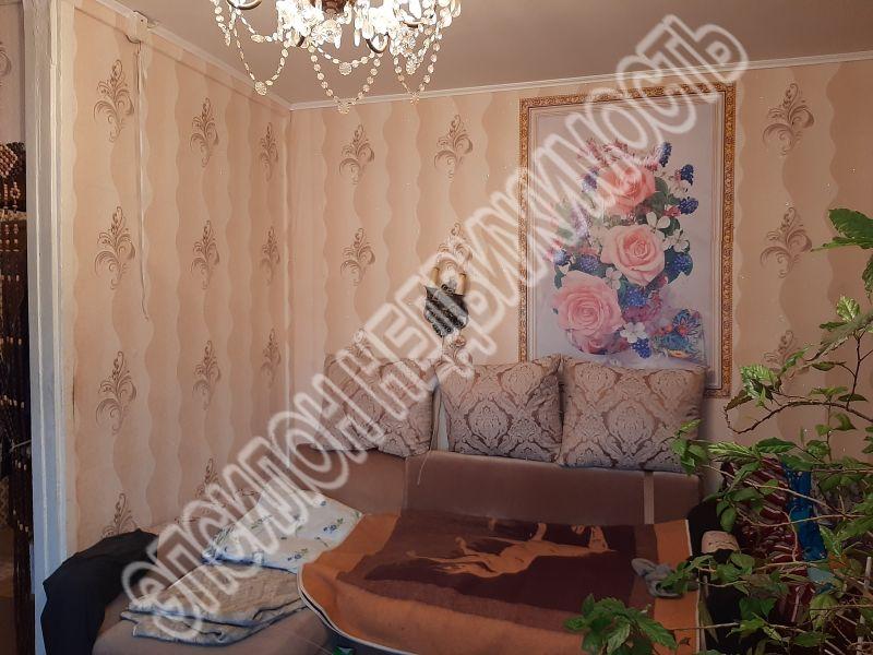 Продам 1-комнатную квартиру в городе Курск, на улице Бойцов 9-й Дивизии, 184, 1-этаж 9-этажного Панель дома, площадь: 34/17.3/9 м2