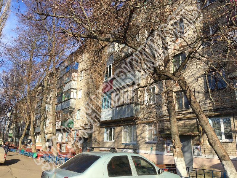 Продам 2-комнатную квартиру в городе Курск, на улице Магистральный проезд, 18/30, 4-этаж 5-этажного Кирпич дома, площадь: 44/29/6 м2