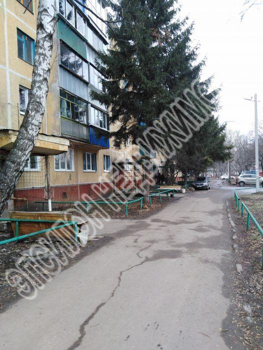 Продам 3-комнатную квартиру в городе Курск, на улице Серегина, 19, 4-этаж 5-этажного Панель дома, площадь: 62/46.1/6.2 м2