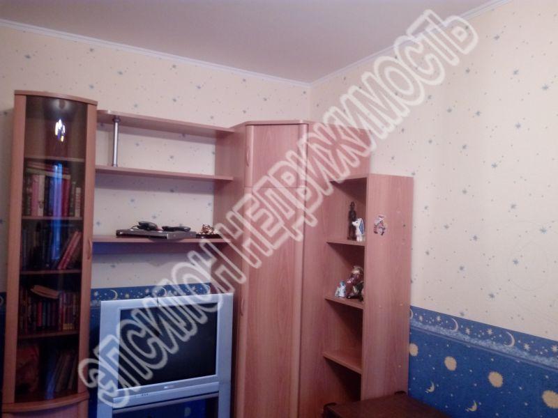 Продам 3-комнатную квартиру в городе Курск, на улице Студенческая, 24, 4-этаж 9-этажного Панель дома, площадь: 72.9/47.7/9.2 м2