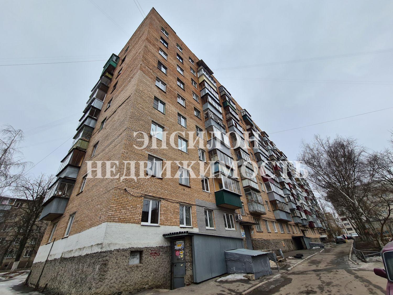 Продам 1-комнатную квартиру в городе Курск, на улице Димитрова, 84, 1-этаж 9-этажного Кирпич дома, площадь: 30.5/17.6/6.5 м2