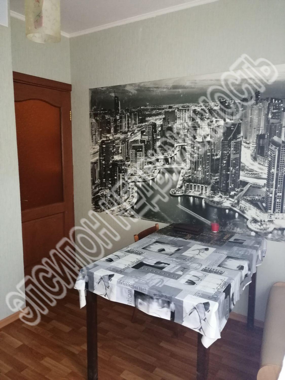 Продам 1-комнатную квартиру в городе Курск, на улице Победы пр-т, 36, 1-этаж 17-этажного Панель дома, площадь: 37.5/18.77/9.77 м2