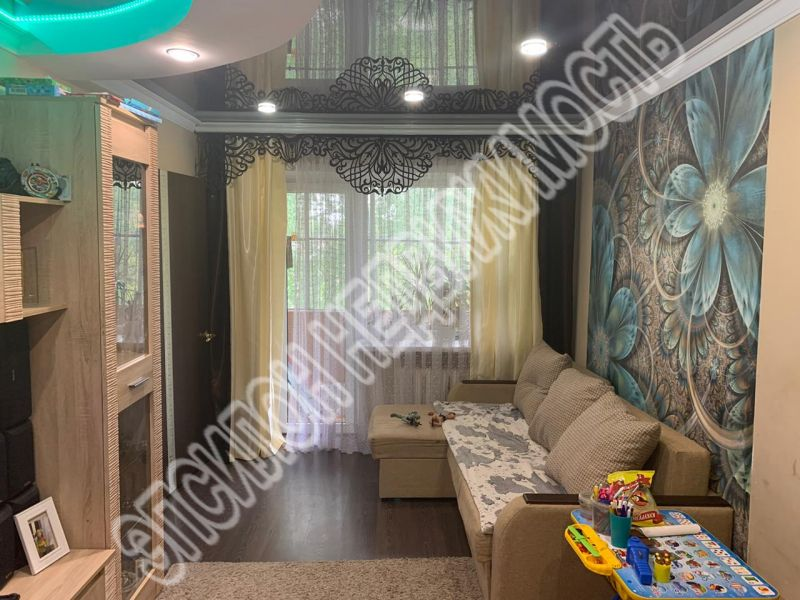 Продам 2-комнатную квартиру в городе Курск, на улице Белгородская, 20, 4-этаж 4-этажного Кирпич дома, площадь: 42/28/6 м2
