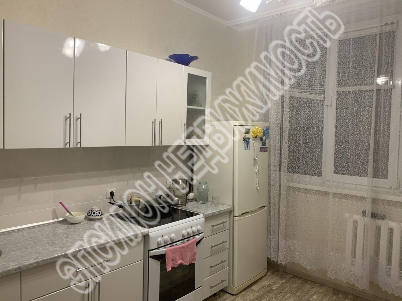 Продам 2-комнатную квартиру в городе Курск, на улице Агрегатная 2-я, 47а, 1-этаж 5-этажного Панель дома, площадь: 55/30/10 м2