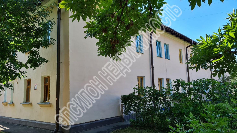 Продам 3-комнатную квартиру в городе Курск, на улице Дружбы, 5, 2-этаж 2-этажного Кирпич дома, площадь: 73.09/52.8/12 м2