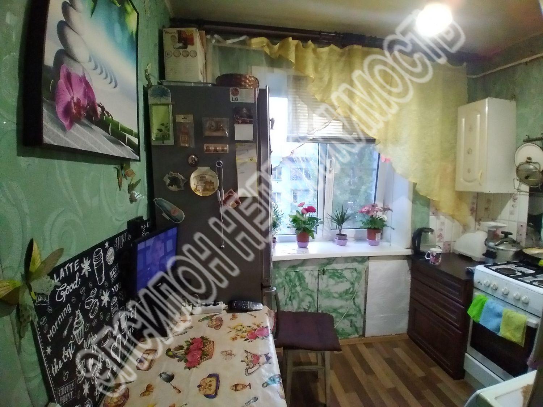 Продам 3-комнатную квартиру в городе Курск, на улице Магистральный проезд, 16б, 5-этаж 5-этажного Кирпич дома, площадь: 59/44.5/5.8 м2
