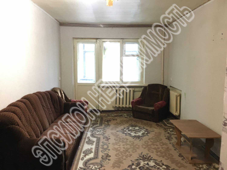 Продам 1 комнат[у,ы] в городе Курск, на улице Обоянская, 2-этаж 3-этажного Кирпич дома, площадь: 17.39/17.39/0 м2
