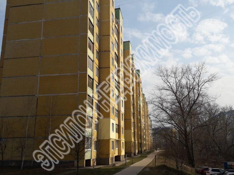 Продам 1-комнатную квартиру в городе Курск, на улице Майский б-р, 11, 8-этаж 10-этажного Панель дома, площадь: 37/17/9 м2