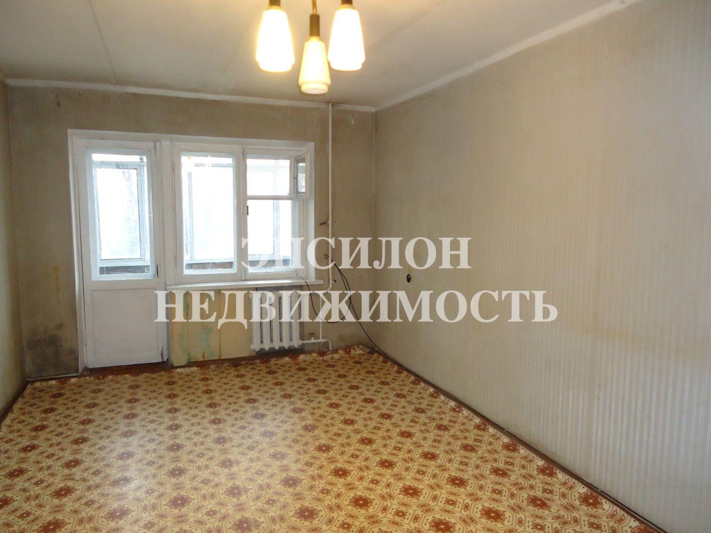 Продам 2-комнатную квартиру в городе Курск, на улице Народная, 7, 4-этаж 5-этажного Кирпич дома, площадь: 45.5/30/6 м2