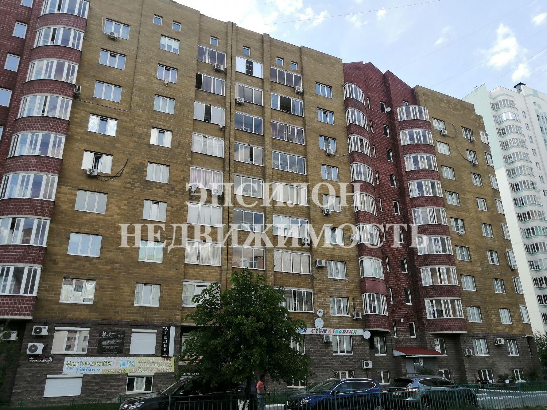 Продам 1-комнатную квартиру в городе Курск, на улице В. Клыкова пр-т, 8, 5-этаж 9-этажного Монолит дома, площадь: 51/21/13.5 м2