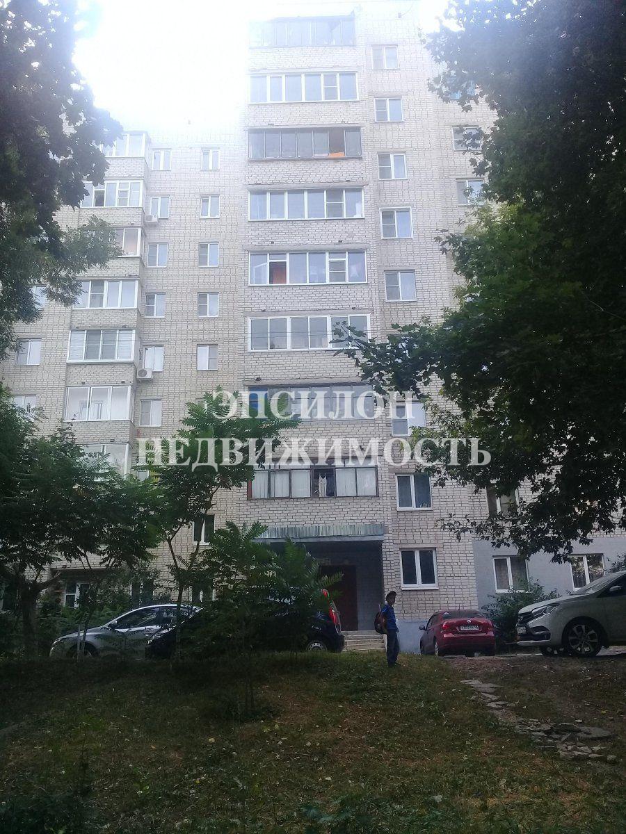 Продам 1-комнатную квартиру в городе Курск, на улице Светлый проезд, 9, 2-этаж 9-этажного Кирпич дома, площадь: 34.2/15/6.1 м2