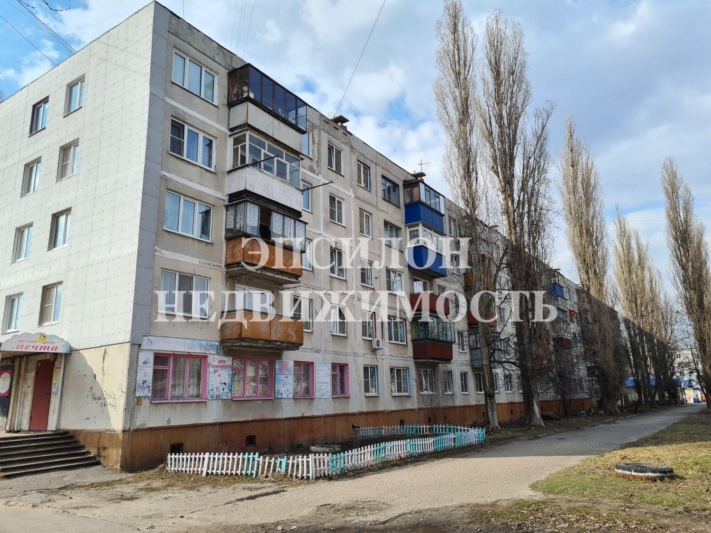 Продам 2-комнатную квартиру в городе Курск, на улице Магистральный проезд, 9а, 3-этаж 5-этажного Панель дома, площадь: 49.2/35/6 м2