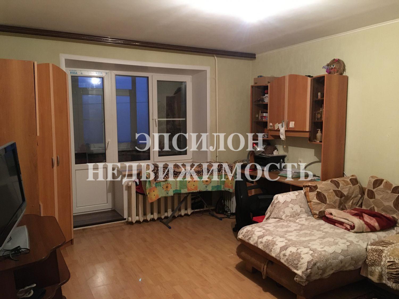 Продам 3-комнатную квартиру в городе Курск, на улице Крюкова, 16б, 9-этаж 10-этажного Кирпич дома, площадь: 60/38/9.5 м2