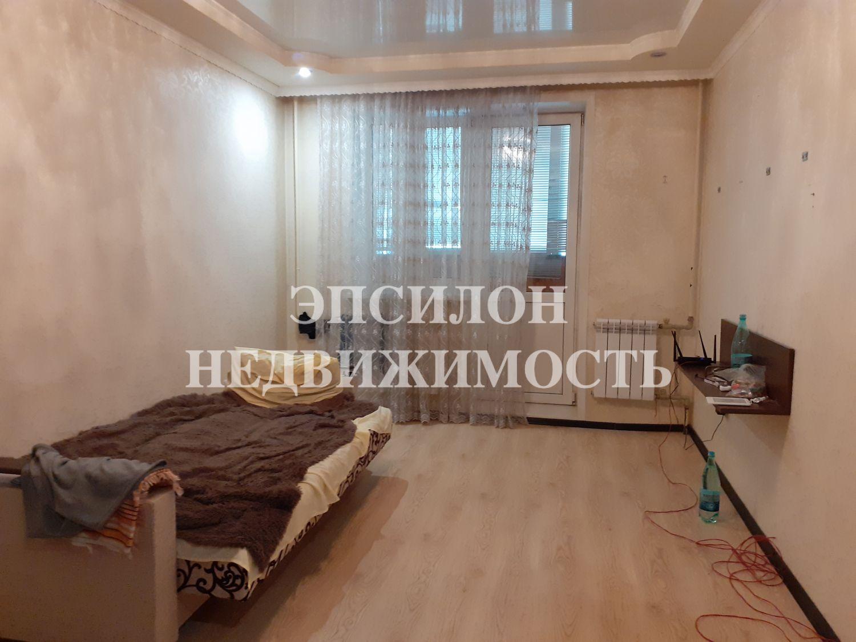 Продам 2-комнатную квартиру в городе Курск, на улице Магистральный проезд, 11д, 1-этаж 10-этажного Кирпич дома, площадь: 54/33/9 м2