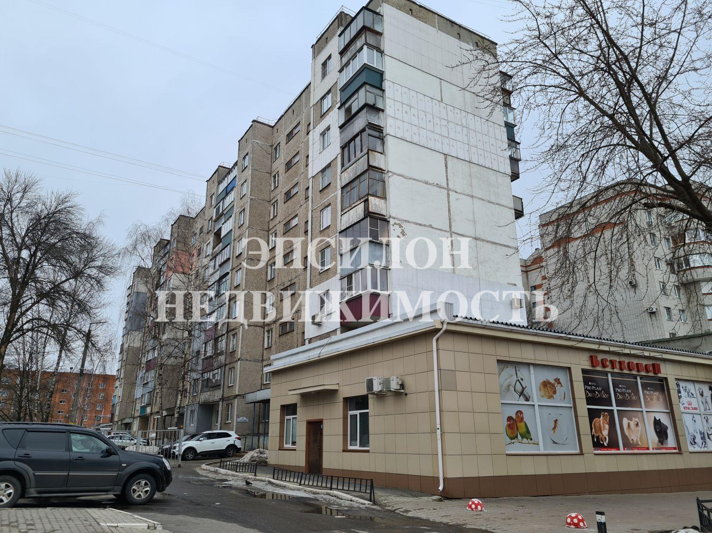 Продам 2-комнатную квартиру в городе Курск, на улице Димитрова, 71, 9-этаж 9-этажного Панель дома, площадь: 45/28/7 м2