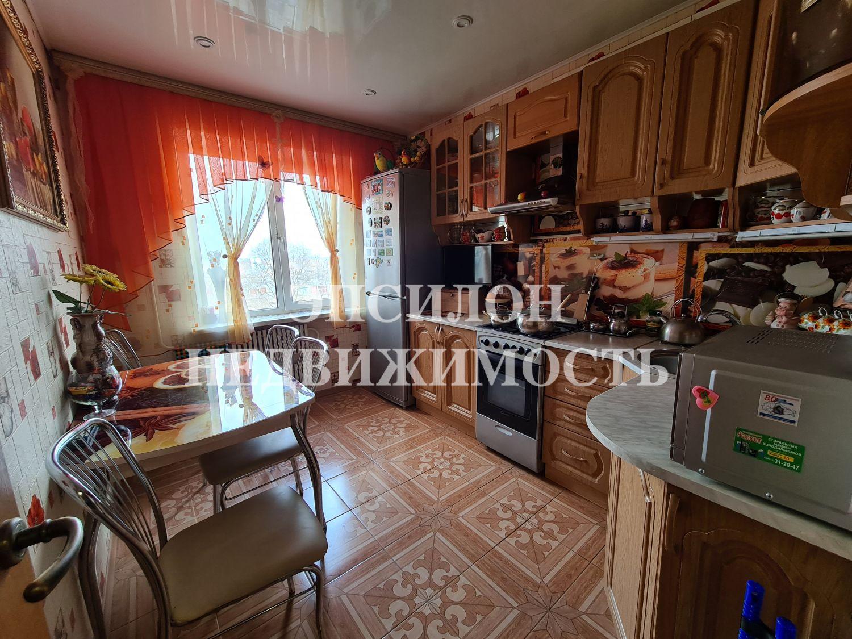 Продам 3-комнатную квартиру в городе Курск, на улице Ясная, 1а, 5-этаж 9-этажного Панель дома, площадь: 61/38/9 м2