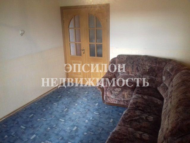 Продам 2-комнатную квартиру в городе Курск, на улице Хрущева пр-т, 14, 4-этаж 10-этажного Панель дома, площадь: 55/33/9 м2