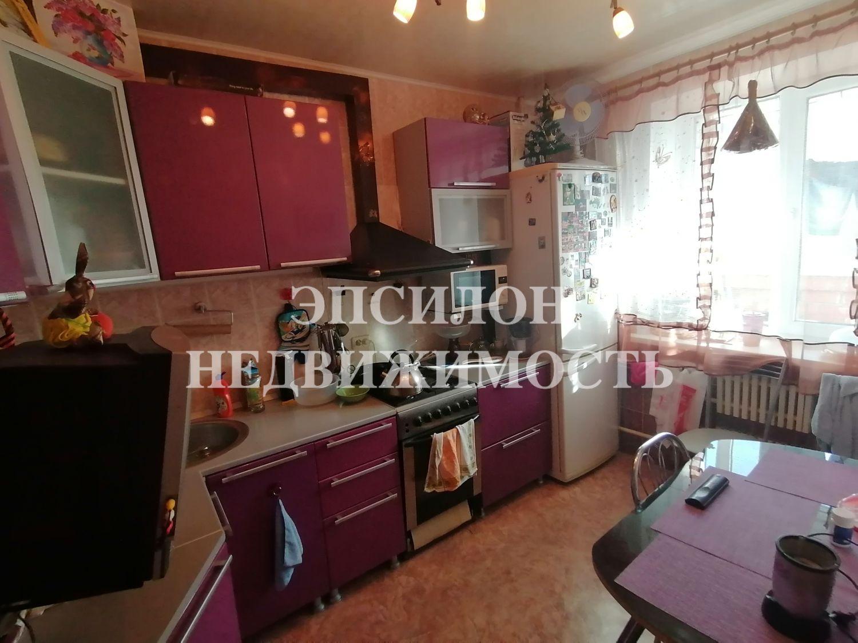 Продам 3-комнатную квартиру в городе Курск, на улице Хрущева пр-т, 4, 3-этаж 5-этажного Кирпич дома, площадь: 60/36/8 м2