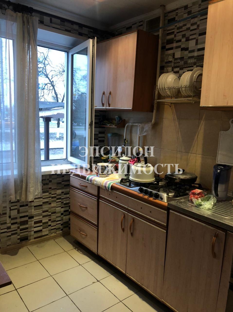 Продам 3-комнатную квартиру в городе Курск, на улице Союзная, 57, 1-этаж 5-этажного Панель дома, площадь: 61.6/45/6 м2