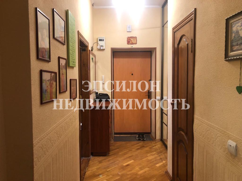 Продам 1-комнатную квартиру в городе Курск, на улице Гайдара, 5, 6-этаж 10-этажного Кирпич дома, площадь: 43.6/18.7/11.9 м2