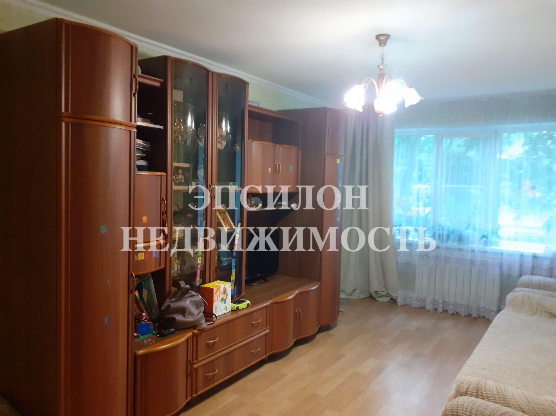 Продам 2-комнатную квартиру в городе Курск, на улице Серегина, 13, 2-этаж 5-этажного Панель дома, площадь: 49/30/6.5 м2