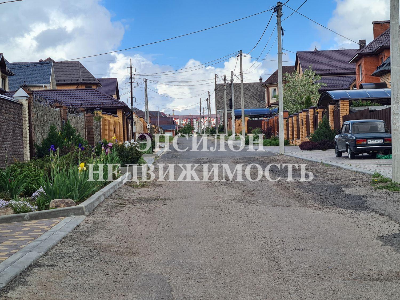 Город: Курск, улица: Верхняя Рябиновая, 81, площадь: 170 м2, участок: 10 соток