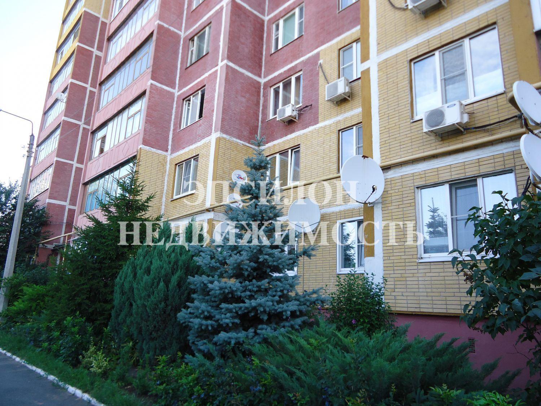 Продам 1-комнатную квартиру в городе Курск, на улице Хрущева пр-т, 16, 8-этаж 9-этажного Панель дома, площадь: 41/18/9.3 м2