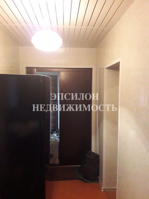 Продам 1 комнат[у,ы] в городе Курск, на улице Энгельса, 7-этаж 9-этажного Панель дома, площадь: 8/11/0 м2